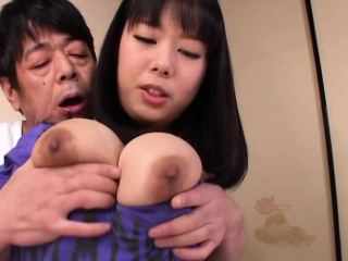 Asian floozy gets creampied