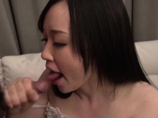 Yuka Wakatsuki is a girl who can't orgasm easily. Rub-down the