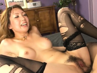 Feel one's way hottie mounts big horseshit increased by fucks until she squirts