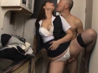 Of age favoured gets hairy pussy fucked hard with sex toy