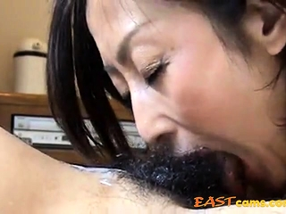 She feel attracted to cum in mouth 16