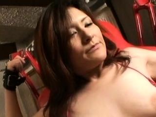 Attractive mature minx Akane enjoys a wild sex
